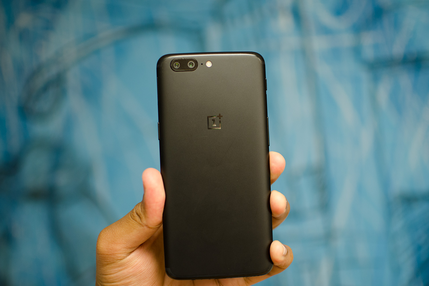 OnePlus 5 Review: Is it Worth It?