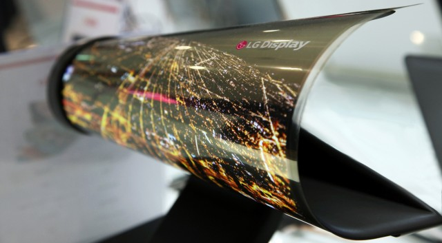 LG G7 and LG V30 Expected to Receive OLED Display Panels in 2018